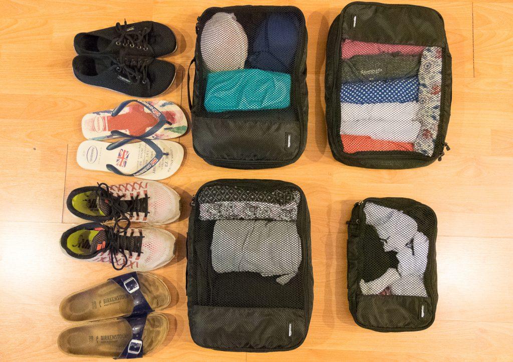 Weltreise Packliste Klamotten Frauen Packhilfen