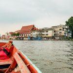 Bangkok kleines Wassertaxi aus Holz