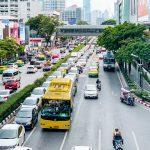 auf Bangkoks Straßen ist immer Stau